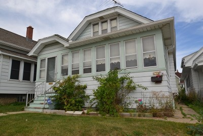 Milwaukee County Two Family Home For Sale: 4708 W Beloit Rd #4710