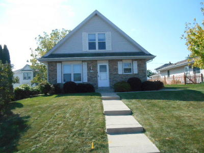 South Milwaukee Two Family Home For Sale: 1013 Davis Ave