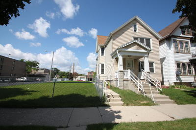 Milwaukee Single Family Home For Sale: 2537 N 2nd St #2539