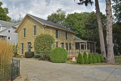 Jefferson Single Family Home Active Contingent With Offer: 237 W Racine St