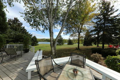 Mequon Condo/Townhouse Active Contingent With Offer: 2601 W Lake Isle Dr