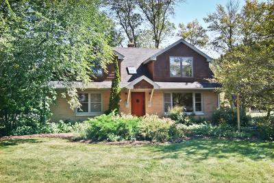 Mequon Single Family Home For Sale: 11260 N Riverland Rd