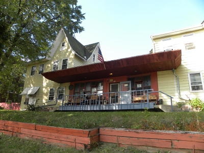 Milwaukee Multi Family Home For Sale: 933 N 24th St #2424 W K