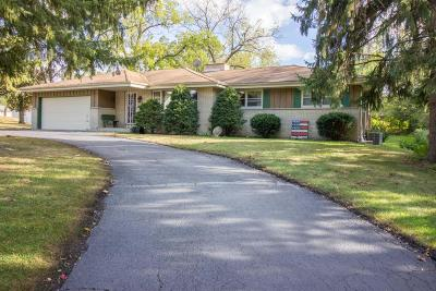 Brookfield Single Family Home For Sale: 18725 Milwaukee Ave