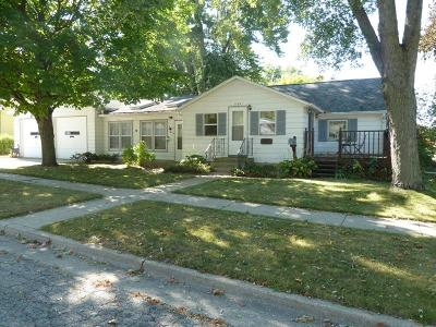 Fort Atkinson Single Family Home For Sale: 1102 Grant St
