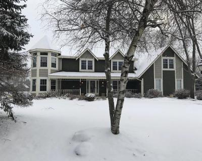 Pewaukee Single Family Home Active Contingent With Offer: N32w23511 Fieldside Rd