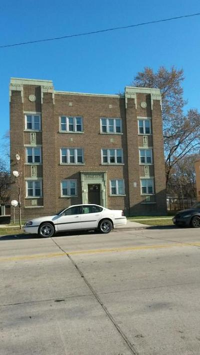 Milwaukee Multi Family Home For Sale: 4244 N Teutonia Ave
