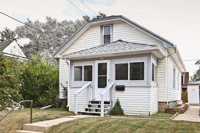 Milwaukee Single Family Home For Sale: 440 S 86th St