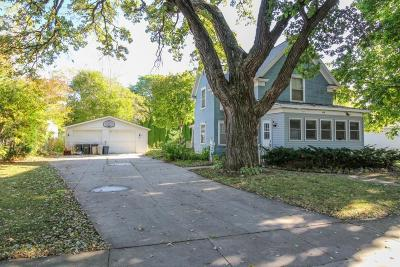 Lake Mills Single Family Home Active Contingent With Offer: 317 Fargo St