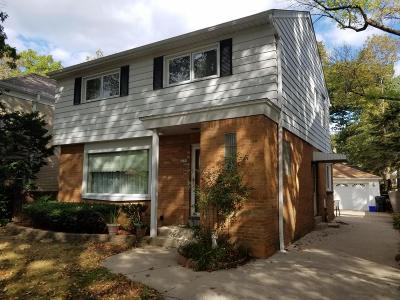 Shorewood Single Family Home For Sale: 4258 N Ardmore Ave
