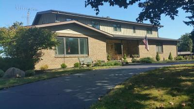 Pleasant Prairie Single Family Home For Sale: 11921 45th Ave