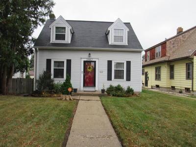 Milwaukee Single Family Home For Sale: 3867 N 41st