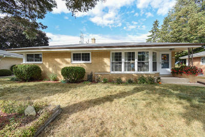 Greenfield Single Family Home For Sale: 6252 W Plainfield Ave