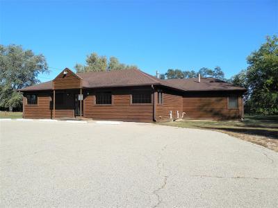 Single Family Home For Sale: N1806 Linn Rd