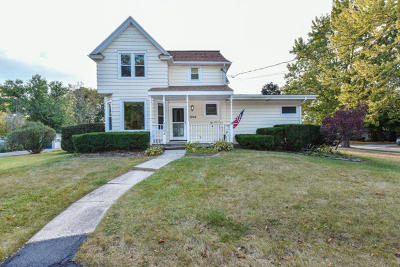 Kenosha Single Family Home For Sale: 7004 52nd Ave