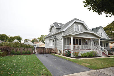 Milwaukee Single Family Home For Sale: 3909 S 1st Pl