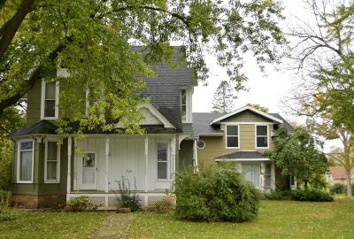 Jefferson Single Family Home For Sale: 323 N Center Ave