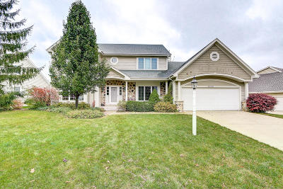 Cedarburg Single Family Home Active Contingent With Offer: N31w7296 Lincoln Blvd