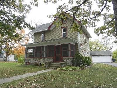 Mukwonago Single Family Home For Sale: 119 Eagle Lake Ave