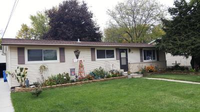 Watertown Single Family Home For Sale: 126 W Spaulding St