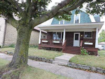 Racine Single Family Home For Sale: 1734 Michigan Blvd
