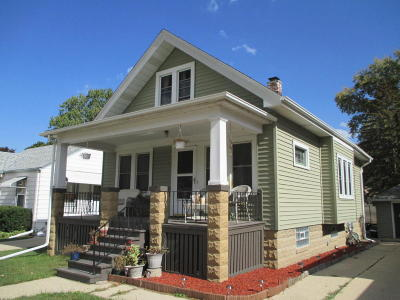 West Allis Single Family Home For Sale: 2020 S 94th St