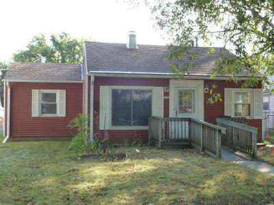 Milwaukee County Single Family Home For Sale: 2760 S 50th St