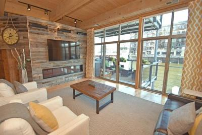 Milwaukee Condo/Townhouse For Sale: 130 S Water St #103