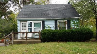 Milwaukee Single Family Home For Sale: 5304 N 64th St