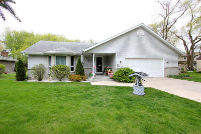 Franklin Single Family Home For Sale: 9360 S 29th St