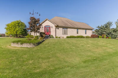Kenosha County Single Family Home For Sale: 1440 42nd Ave