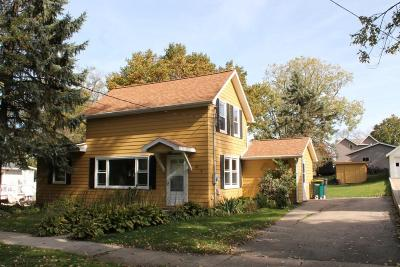 Cambridge Single Family Home For Sale: 213 High St