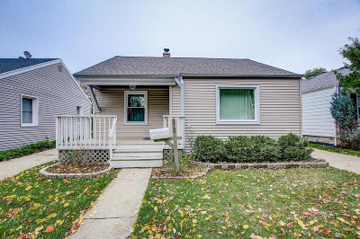 Milwaukee Single Family Home For Sale: 312 S 80th St