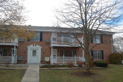 Thiensville  Condo/Townhouse For Sale: 139 Heidel Rd #6