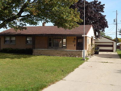 Greenfield WI Single Family Home For Sale: $184,800