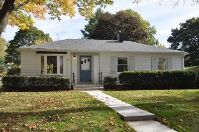 Single Family Home Active Contingent With Offer: 1832 N 119th St