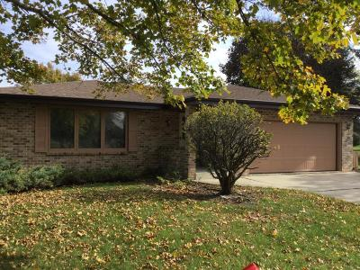 West Allis Single Family Home For Sale: 2830 S 114th St