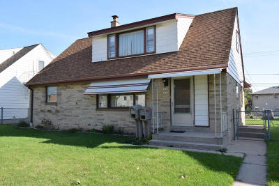 Milwaukee Two Family Home For Sale: 4762 S 14th St #4764