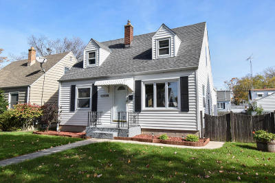 Milwaukee Single Family Home For Sale: 3630 N 99th St