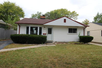 Milwaukee Single Family Home For Sale: 3747 N 63rd St