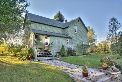 Ozaukee County Single Family Home For Sale: 6502 Sauk Trail Rd
