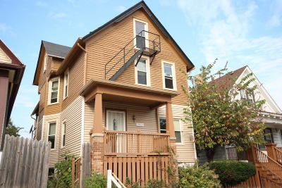 Milwaukee Multi Family Home For Sale: 2857 N Hubbard St