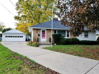 Fort Atkinson Single Family Home Active Contingent With Offer: 807 N High St