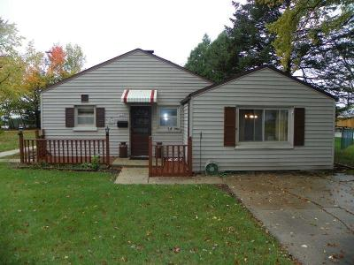 West Allis Single Family Home For Sale: 3007 S 106th St