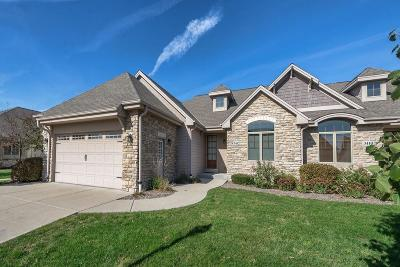 Waukesha Condo/Townhouse For Sale: 3412 Sequoia Cir