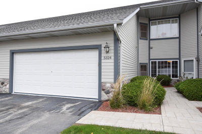 Greenfield Condo/Townhouse For Sale: 5324 S Hidden Dr