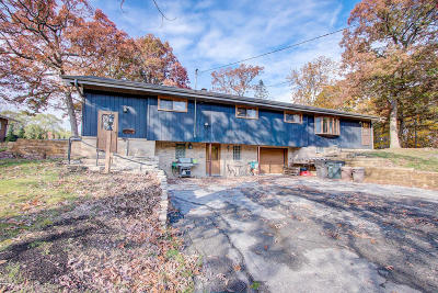 Waterford Single Family Home For Sale: 8038 Valley Dr