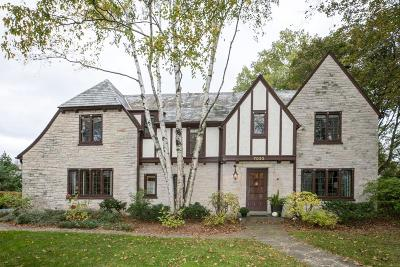 Milwaukee County Single Family Home Active Contingent With Offer: 7022 N Belmont Ln