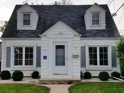 Whitefish Bay Single Family Home For Sale: 317 E Hampton Rd
