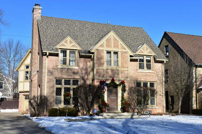 Whitefish Bay Single Family Home For Sale: 1038 E Circle Dr
